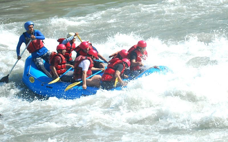 public/images/products/alaknanda-rafting3.jpg